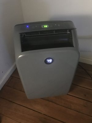 Portable air conditioner like new $200 for Sale in Washington, DC