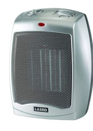 Lasko 754200 Ceramic Portable Space Heater with Adjustable Thermostat - Perfect For the Home or Home Office for Sale in Bakersfield, CA