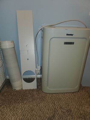 AC Unit Portable 8000 BTU for Sale in Westminster, CA