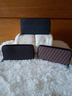 Wallet single zipper for Sale in Pittsburgh, PA