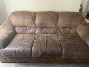 Leather Couch for Sale in Wichita, KS