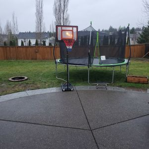 Basketball hoop youth for Sale in Bonney Lake, WA
