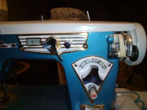 Vintage Visetti sewing machine $100 OBO for Sale in Liberty, SC