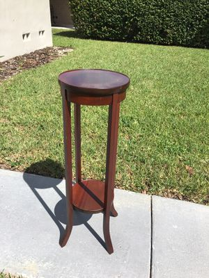 Plant Stand end table for Sale in Miami, FL