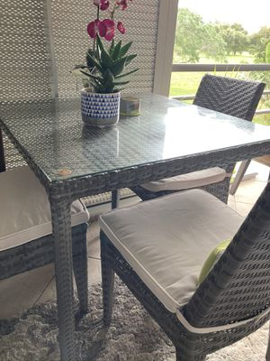 PATIO FURNITURE, MODERN DESIGN AND WATER RESISTANT! for Sale in Boca Raton, FL