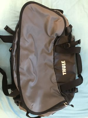 Thule duffle bag with backpack straps for Sale in Costa Mesa, CA