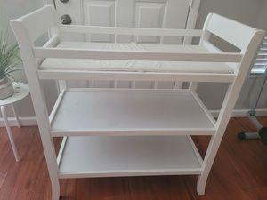 baby changer for Sale in Belle Isle, FL