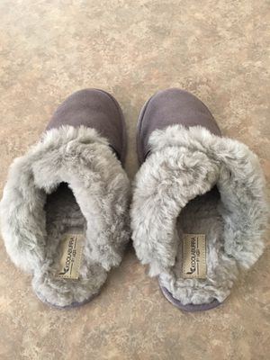 Koolaburra by Ugg MILO slippers for Sale in Tolleson, AZ