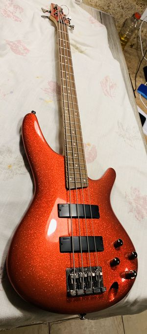 Ibanez Sr300 Bass Guitar for Sale in Hialeah, FL