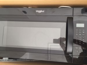 1.7 cu ft Over the Range Microwave for Sale in Palm Bay, FL