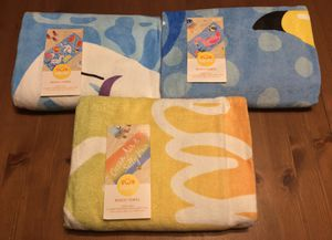 """(NEW) """"SUN SQUAD"""" BEACH/POOL TOWELS - 2 ft. 8 in. x 5 ft. 2 in. for Sale in Compton, CA"""