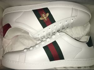 Men's Gucci Ace Embroidered Sneaker White Bee for Sale in Tempe, AZ