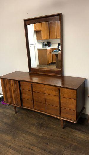 Vintage wooden vanity for Sale in Modesto, CA