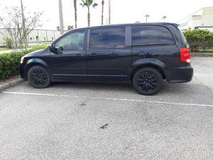 Dodge caravan 2014 4 doors great conditions for Sale in Lakeland, FL