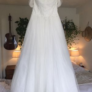 """Garnet & Grace"" Wedding Dress (As Is) for Sale in Livermore, CA"
