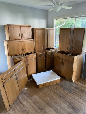 Kitchen cabinets for Sale in Washougal, WA