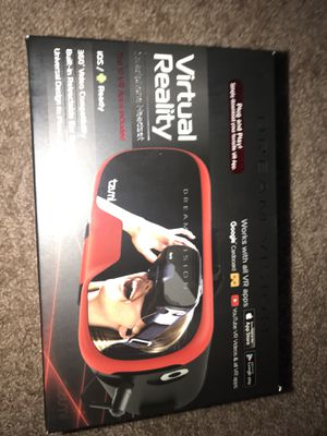 Virtual reality smartphone headset for Sale in Pittsburgh, PA