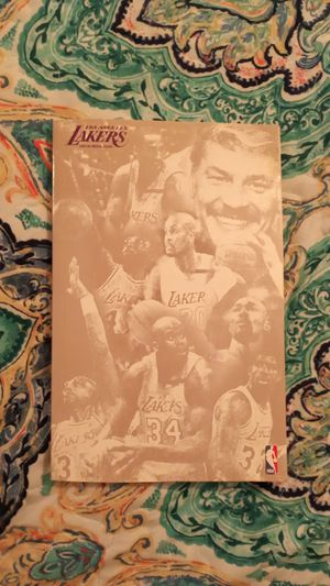 Los Angeles Lakers 2003 to 2004 media guide for Sale in Glendale, CA