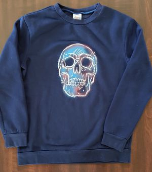 Boy's sweatshirt size 8-10 for Sale in Riverside, CA