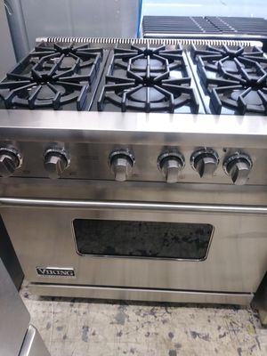 Viking 6 burner slide in range for Sale in Orange, CA