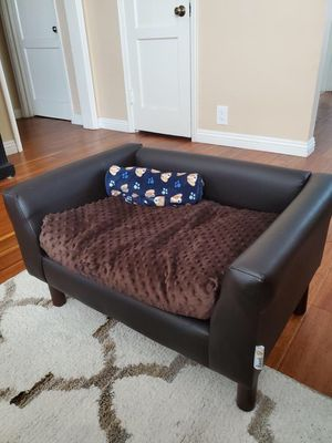 Dog (faux) leather couch for Sale in Los Angeles, CA
