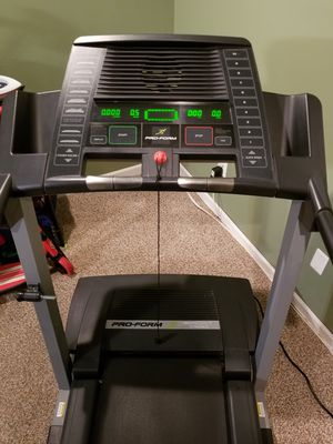 Pro Form Treadmill for Sale in Potomac Falls, VA