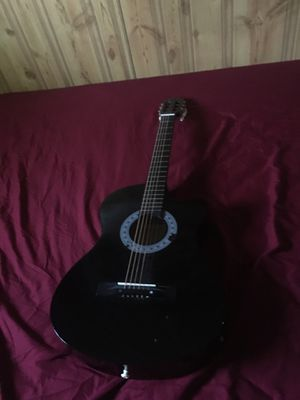 6 string guitar for Sale in Lathrop, CA