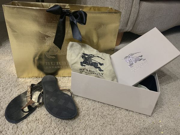 Authentic BURBERRY Sandle - Size: 6.5/7 (Gently Used)