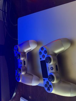 Limited Ps4 1tb Gold for Sale in Fort Lauderdale,  FL