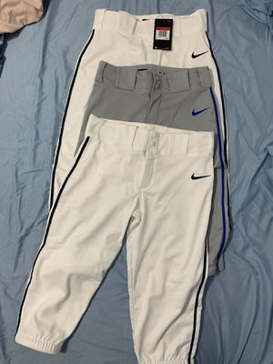 Shoes baseball and pant baseball for Sale in Hialeah, FL