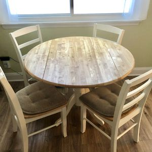 Table For Dining Or Kitchen With 4 Chairs for Sale in Palatine, IL