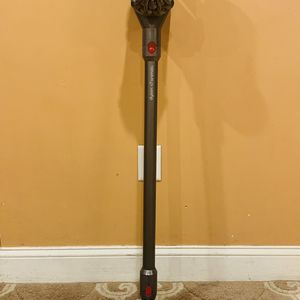 Dyson v7 Cordless Vacuum cleaner for Sale in Raymond, NH