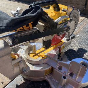 """Cordless 20V - 7 1/4"""" Sliding Miter Saw (tool Only) for Sale in Murrieta, CA"""