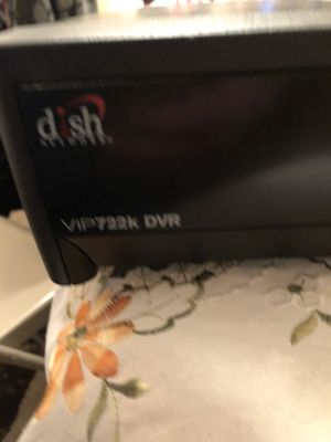 Dish net work box works fine do have dish any more for Sale in Chicago, IL