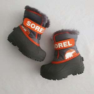 Sorel Snow Boots Toddler Boys 8 for Sale in Aurora, CO