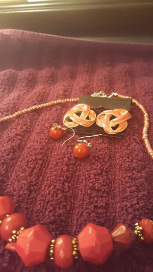 Necklaceset for Sale in Cross Timber, TX