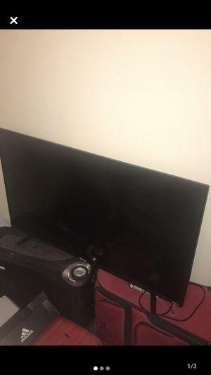 Hisense roku 43 inch smart TV 4K UHD for Sale in Johnson City, TN