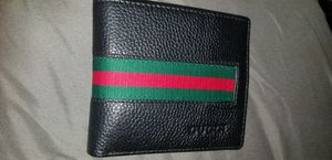 Gucci leather wallet for Sale in Fort Washington, MD