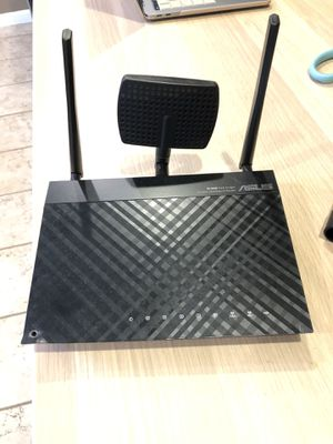 RT-N66U 450 Double MBPS (ASUS ROUTER) for Sale in Hawaiian Gardens, CA