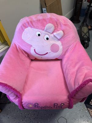 Kids Peppa Pig cushion chair for Sale in Cypress, TX