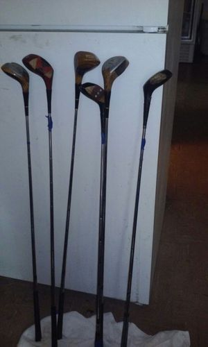Wilson golf clubs 6 for Sale in Bronx, NY