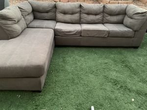 Gray sectional for Sale in Las Vegas, NV