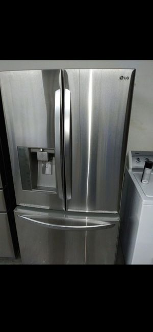 ❤LG refrigerator counter depth stainless steel nice❤🎆 for Sale in Houston, TX