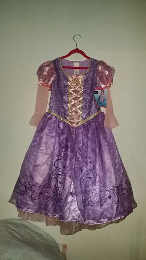 Disney Princess Rapunzel costume size 7/8 for Sale in Waco, TX