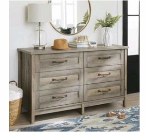 6 drawer dresser for Sale in Dallas, TX