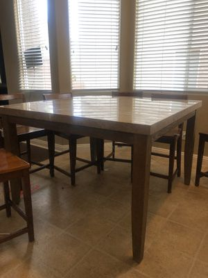 Marble Top Pub table and stools for Sale in Las Vegas, NV