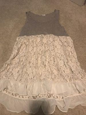 Tea N Rose grey/beige lace tunic for Sale in Garden Grove, CA