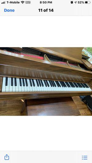 Wurlitzer baby grand piano (with original bench) for Sale in Seattle, WA