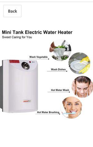 MINI TANK WATER HEATER 2.6 GALON for Sale in San Dimas, CA
