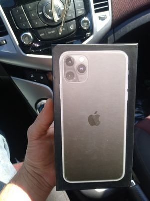iPhone 11 Pro max for Sale in Pevely, MO